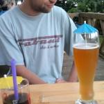 Bier und Cola mit Schirmchen?!